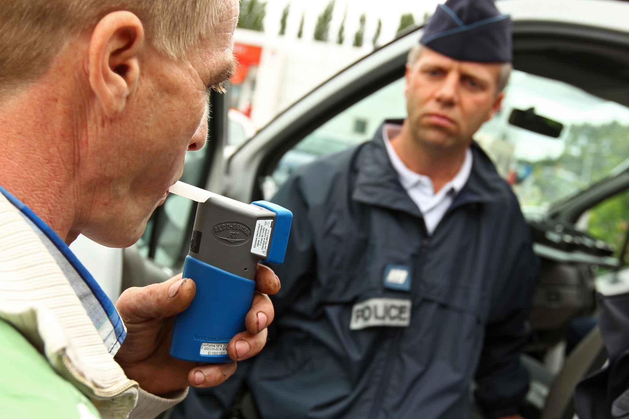 Un Calaisien menace de défenestrer un nourrisson pour obtenir un verre d'alcool