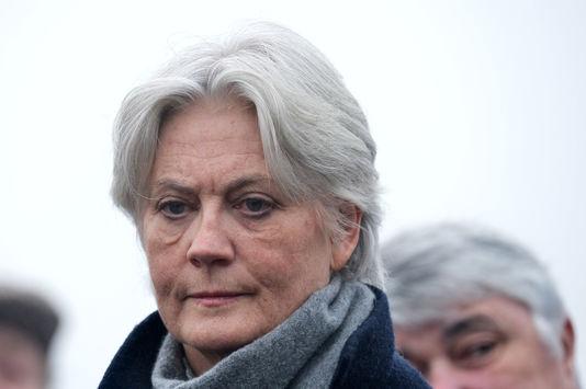 Perquisition menée dans l'enquête Fillon — France