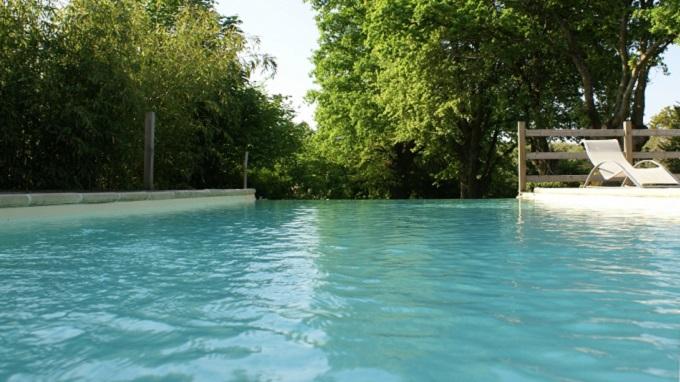 Morbihan un enfant de deux ans se noie dans une piscine for Piscine morbihan