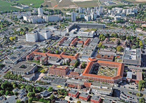Reims : un bébé opéré du mauvais côté, ses parents envisagent des poursuites