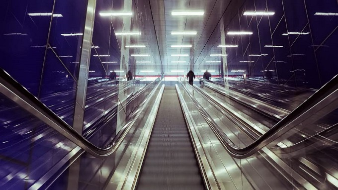 cergy escalator