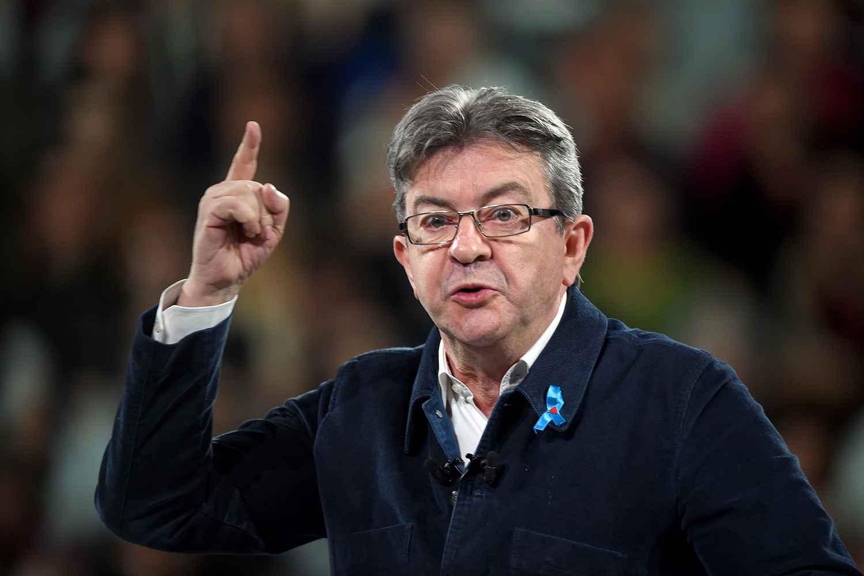 L'enquête élargie à Jean-Luc Mélenchon — Assistants d'eurodéputés