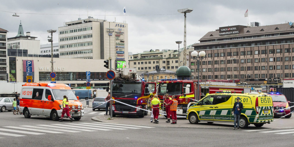 Plusieurs personnes poignardées à Turku, une personne arrêtée — Finlande