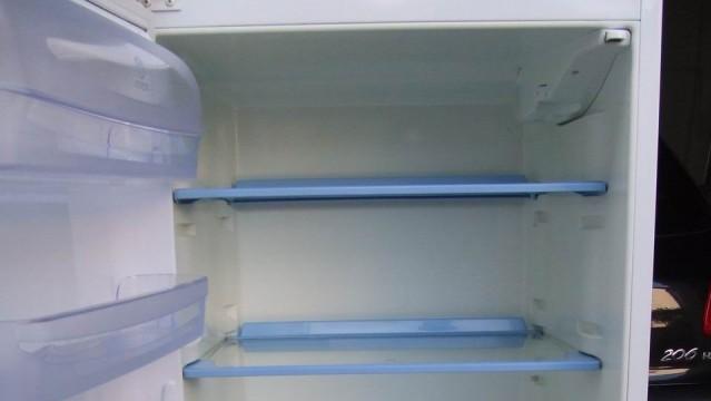 USA: Deux baby-sitters arrêtées pour avoir mis un bébé dans un réfrigérateur et publié la vidéo sur Snapchat !