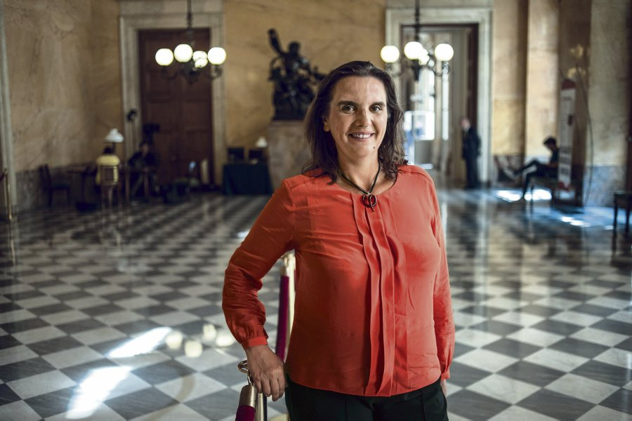 La France Insoumise : la députée Caroline Fiat poursuivie par son attaché