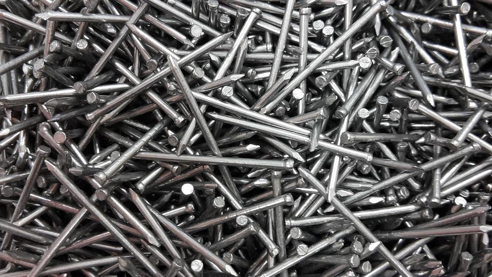 Un homme avait ingurgité des centaines de clous et de pièces — Inde