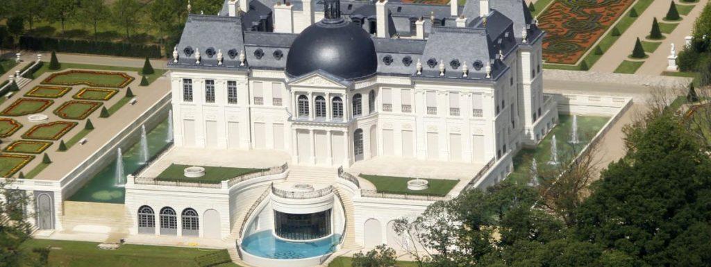 Louveciennes le prince h ritier d arabie saoudite s for Acheteur maison du monde