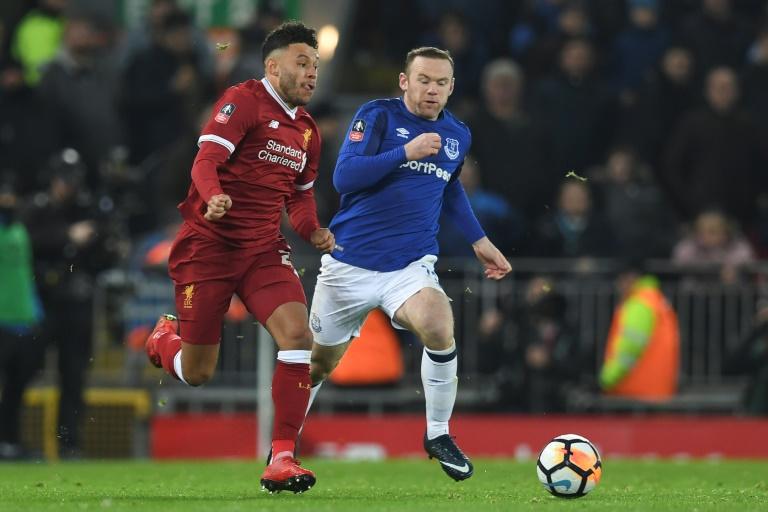 Van Dijk offre le derby à Liverpool, Man Utd qualifié