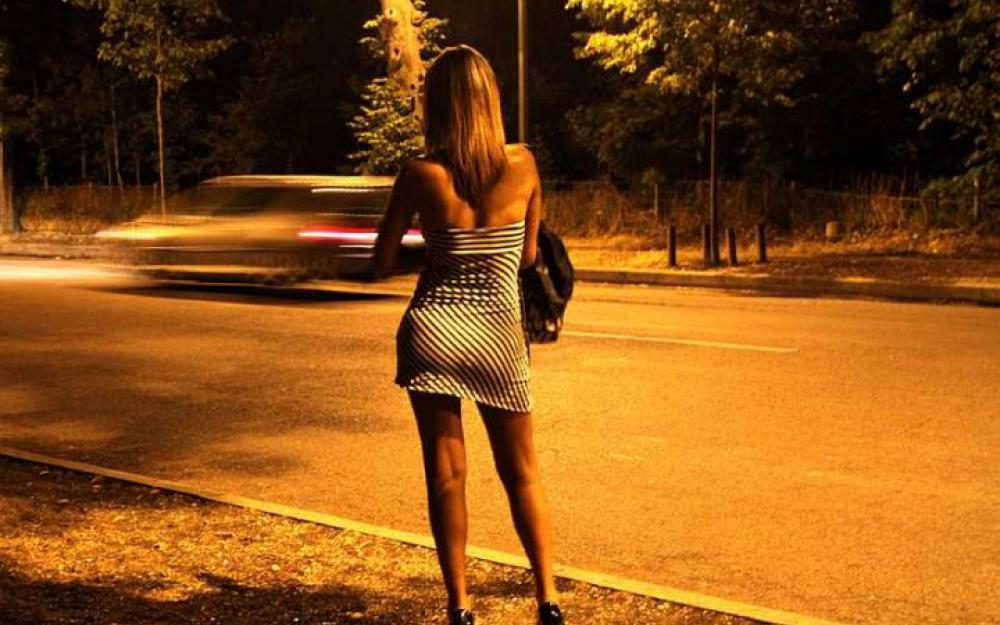 Une prostituée retourne travailler… 30 minutes après avoir accouché!