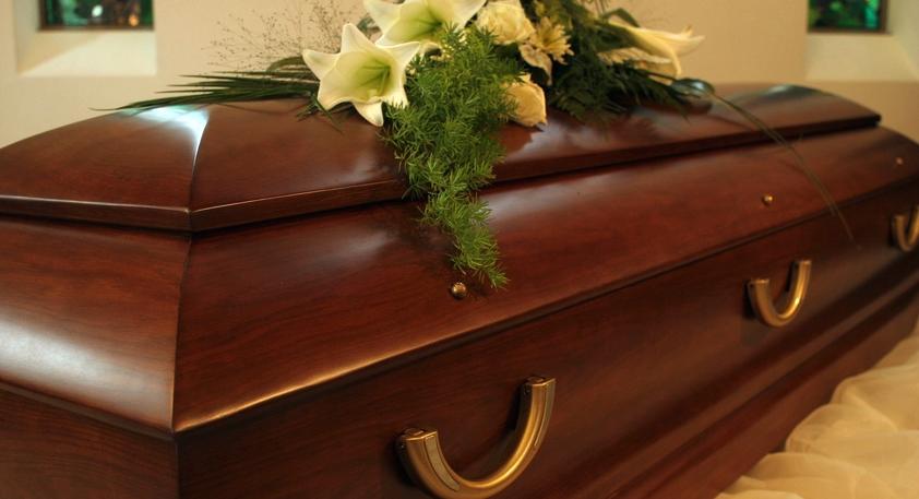 Le funérarium présente le mauvais corps à une famille en deuil — Béziers