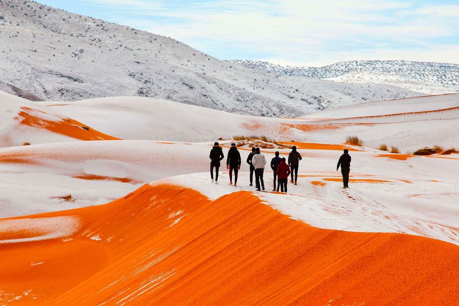 L'image du jour : les dunes du Sahara couvertes de neige