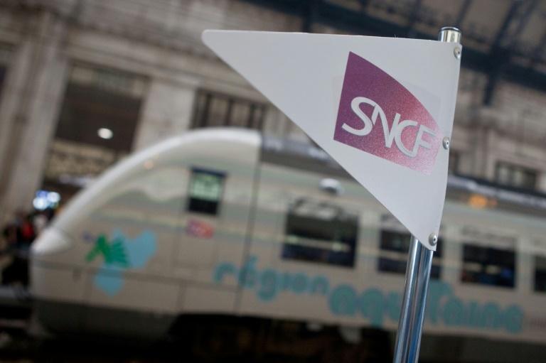 Un rapport évoque la fin du statut des cheminots à l'embauche — SNCF