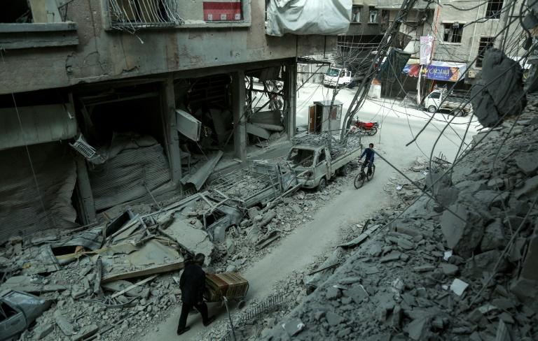 La Ghouta orientale coupée en deux, l'aide humanitaire reportée — Syrie