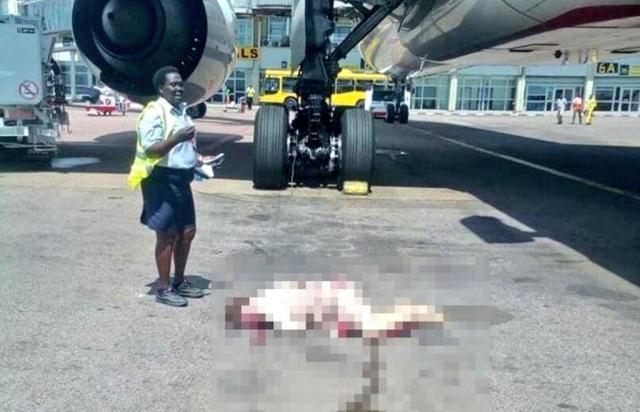 Une hôtesse se tue en tombant d'un avion en Ouganda — Emirates Airlines