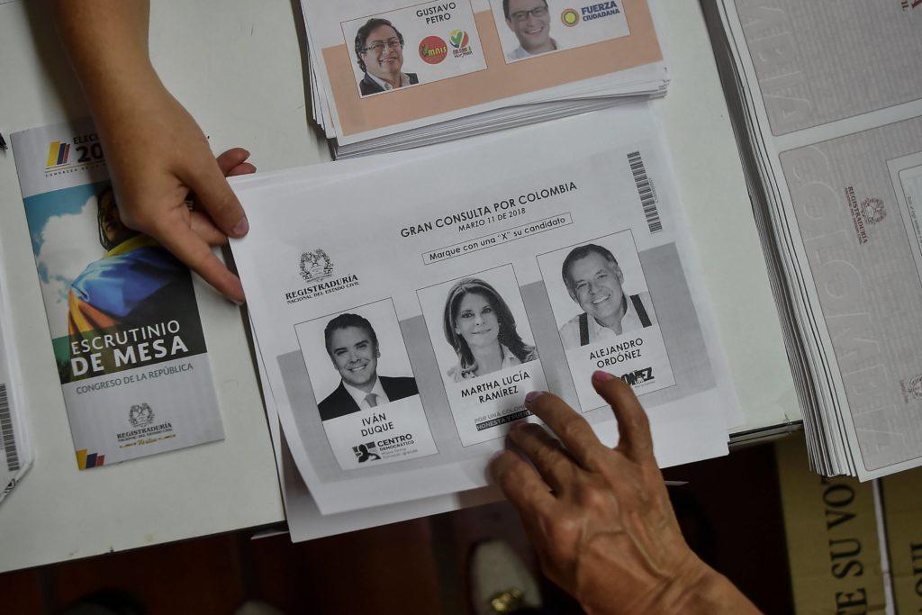 Colombie: l'ex-guérilla FARC se retire de l'élection présidentielle 16 :45