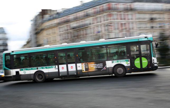 Un couple de lesbiennes agressées dans le bus — Paris