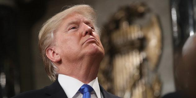 Tarifs sur l'acier et l'alumium: Trump épargne le Canada et le Mexique