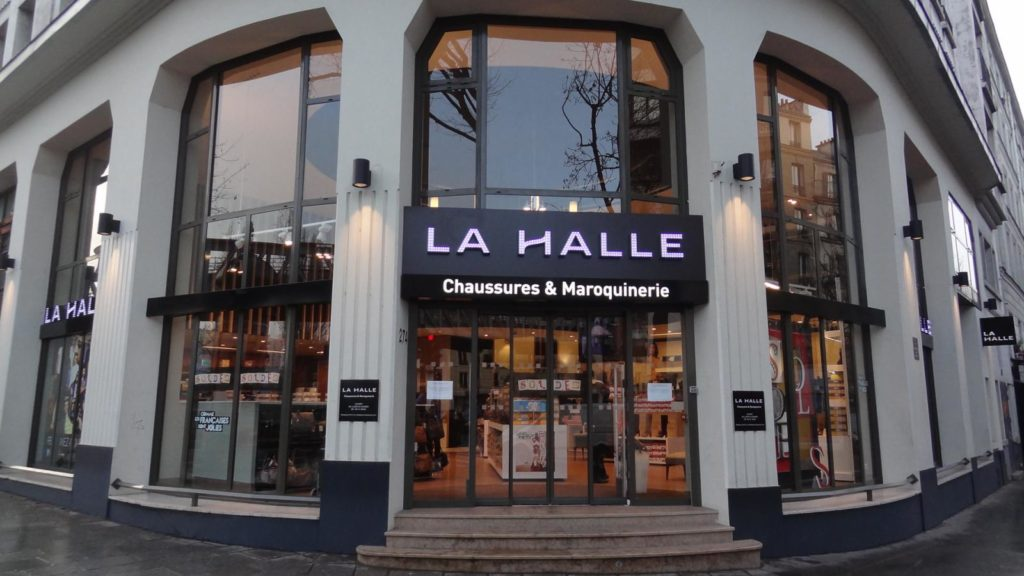 La Halle demande à ses caissiers