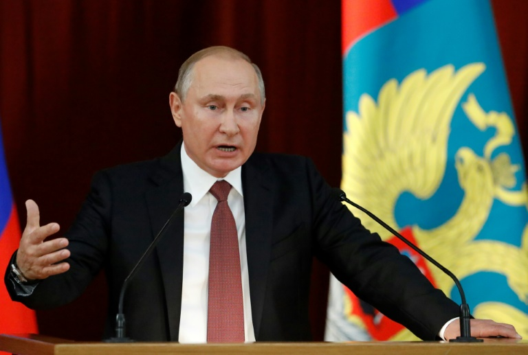 Ingérence russe: Donald Trump fait volte-face