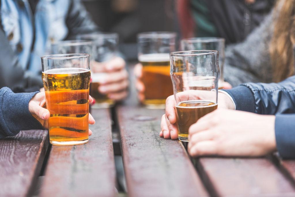 Le nombre de verres d'alcool dangereux pour le cerveau — Démence