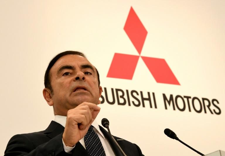 La garde à vue de Carlos Ghosn prolongée de 10 jours — Japon