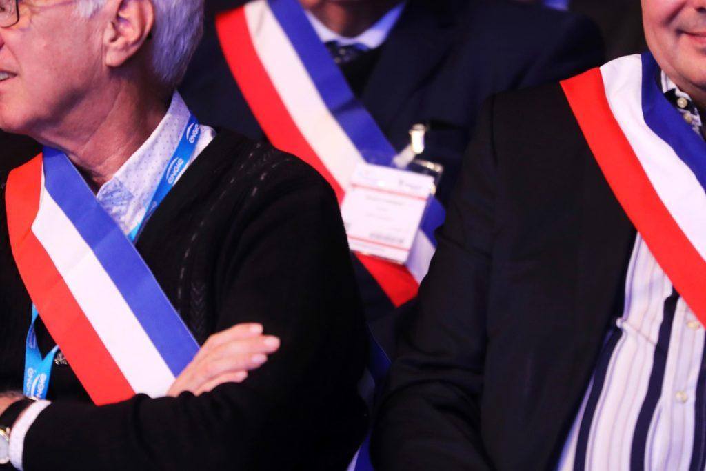 Dino Cinieri soutient les Maires de France